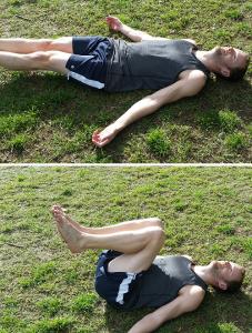Lying knee tuck