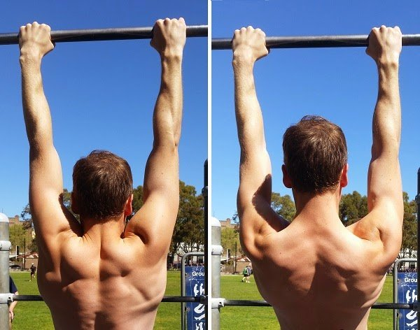 Dave Mace demonstrates how to lock your lats during a pull-up