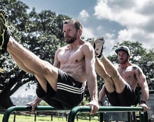 13 Ways to Progress a Bodyweight Exercise | Maximum Potential