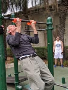 72 years old Dragan busting out chin-ups