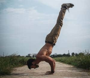 Combining Bodyweight Training and Weightlifting