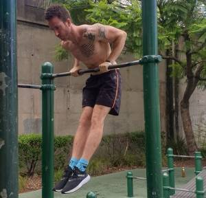 Slow muscle-up