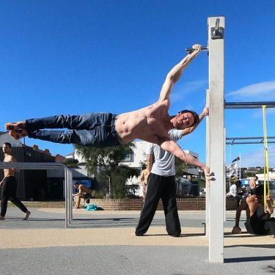 Nathan Leith demonstrates calisthenics full human flag at Bondi